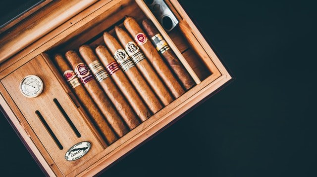 cigar box set